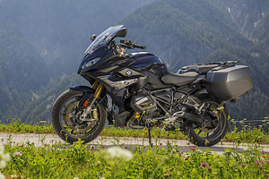 Nel weekend arriva nelle concessionarie la BMW R 1250 RS (ANSA)