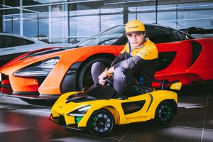 McLaren Senna 'Ride On', mini-supercar elettrica per bambini (ANSA)