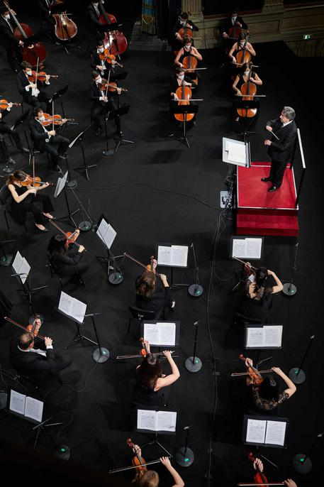 Muti e l'Orchestra Cherubini in streaming © ANSA