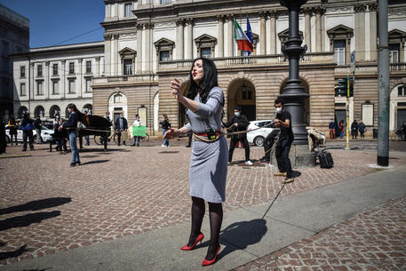 Flash mob of Teatro alla Scala workers © ANSA